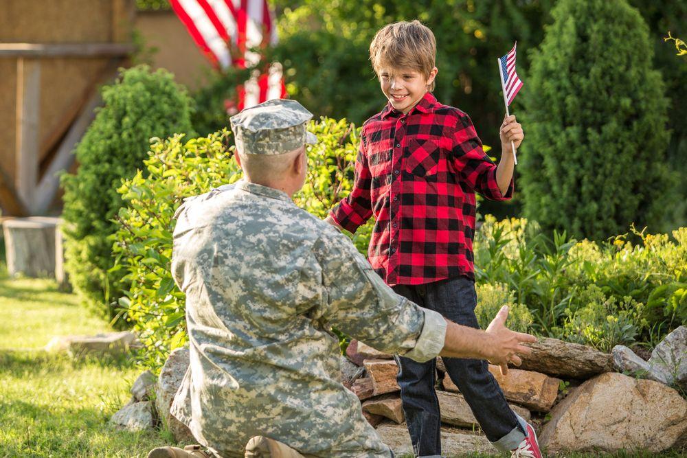 Veteran returning home
